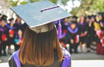 Diplomaosztó ünnepély a frissen végzett hallgatóinknak.